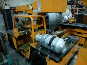Broderson Manufacturing Corp Crane | Model No. IC-35-2C